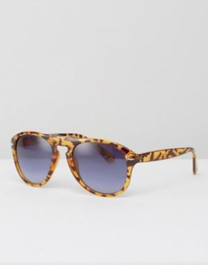 Jeepers Peepers Солнцезащитные очки. Цвет: коричневый