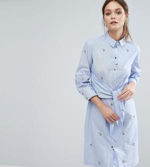 Closet London Платье-рубашка с длинными рукавами, завязкой спереди и вышивкой. Цвет: синий
