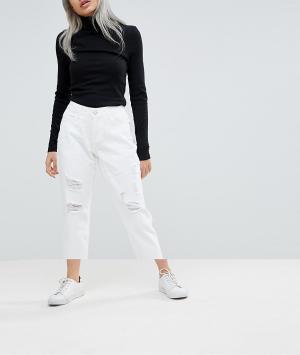 Noisy May Petite Джинсы в винтажном стиле с рваными коленками. Цвет: белый