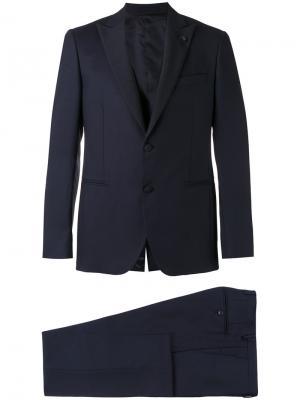 Классический костюм-тройка Lardini. Цвет: синий