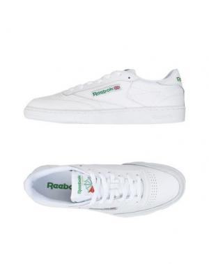 Низкие кеды и кроссовки REEBOK. Цвет: белый