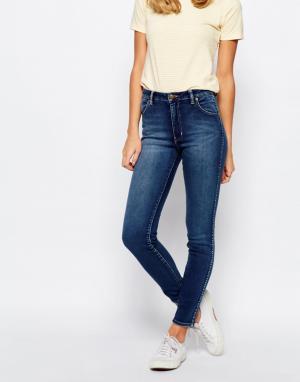 Rollas Супероблегающие джинсы Westcoast. Цвет: синий