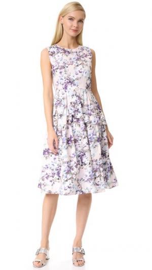 Винтажное платье с цветочным рисунком Leur Logette. Цвет: розовый