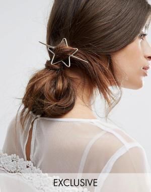 Orelia Заколка для волос в виде звезды. Цвет: золотой