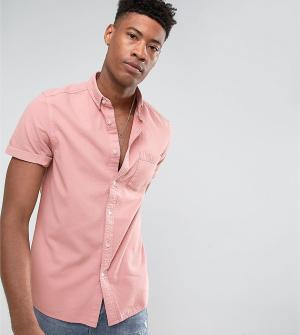 ASOS Розовая джинсовая рубашка классического кроя TALL. Цвет: розовый