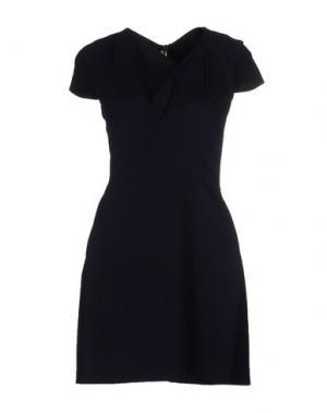 Короткое платье ROLAND MOURET. Цвет: темно-синий