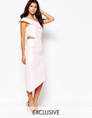 Fame and Partners Платье миди на одно плечо с вырезами Jazmina. Цвет: розовый