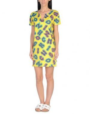 Пляжное платье MOSCHINO. Цвет: желтый