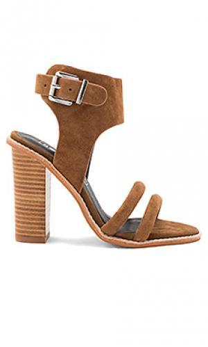 Туфли на каблуке tiki Sol Sana. Цвет: коричневый