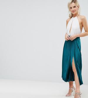 ASOS Petite Атласная плиссированная юбка миди с разрезом. Цвет: зеленый