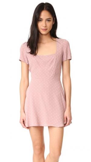 Платье Maiden Flynn Skye. Цвет: розовато-лиловое скопление