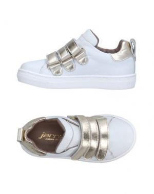 Низкие кеды и кроссовки JARRETT. Цвет: белый