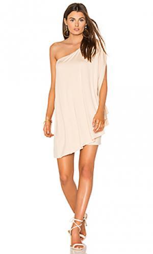 Платье с рукавом крыло летучей мыши BLQ BASIQ. Цвет: беж