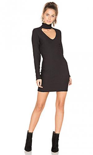 Жаккардовое платье с вырезом twenty. Цвет: черный