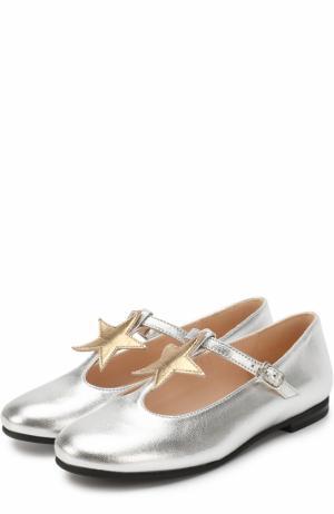 Туфли из металлизированной кожи с аппликацией и ремешком Il Gufo. Цвет: серебряный