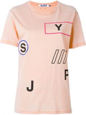 Футболка с принтом Steve J & Yoni P. Цвет: розовый и фиолетовый