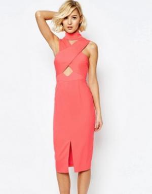 Lavish Alice Платье миди с высоким воротом, вырезами и разрезом. Цвет: розовый