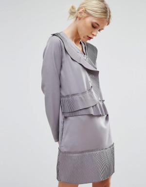 Zacro Цельнокройное платье с асимметричными складками. Цвет: серый