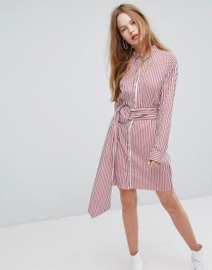 Plain Studios Платье-рубашка в полоску с поясом и металлическим кольцом Studio. Цвет: красный