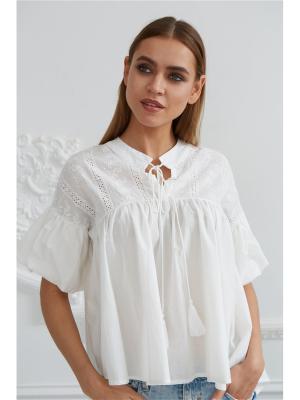 Блузка с шитьем Self Made. Цвет: белый