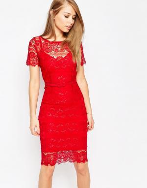 Body Frock Кружевное платье с моделирующим эффектом Lisa. Цвет: красный