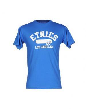 Футболка ETNIES. Цвет: синий
