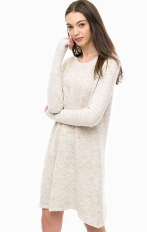 Вязаное короткое платье с длинными рукавами Vero Moda. Цвет: бежевый
