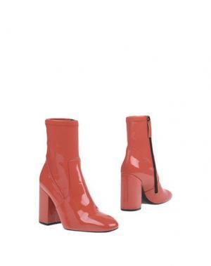 Полусапоги и высокие ботинки SPAZIOMODA. Цвет: коралловый