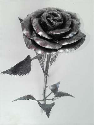 Роза кованая Chic a loco. Цвет: черный, серебристый