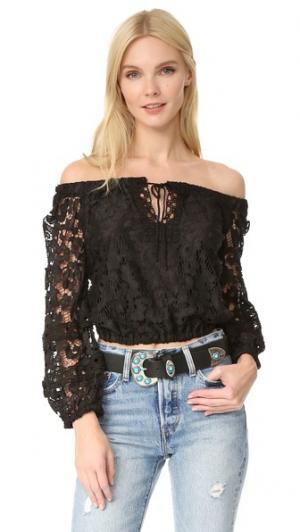 Укороченная блуза с открытыми плечами Temptation Positano. Цвет: голубой