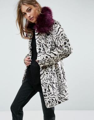 Unreal Fur Пальто с искусственным мехом. Цвет: мульти