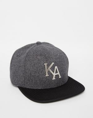 King Apparel Бейсболка Letterman. Цвет: серый