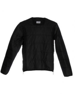 Куртка CAMO. Цвет: черный