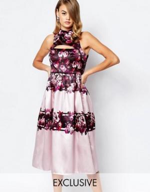 True Violet Пышное сатиновое платье миди для выпускного с вырезом. Цвет: мульти