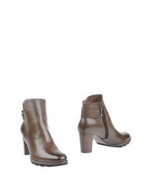 Полусапоги и высокие ботинки CALPIERRE. Цвет: хаки