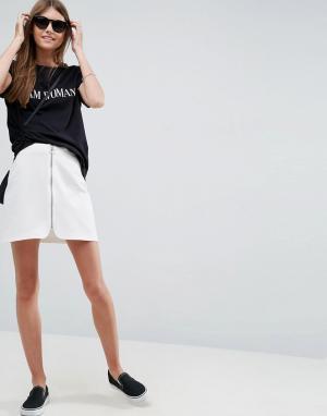 ASOS Трапециевидная мини-юбка на молнии. Цвет: белый