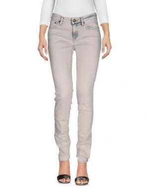 Джинсовые брюки DENHAM. Цвет: светло-серый