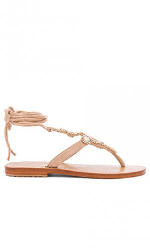 Shell sandals Mystique. Цвет: beige