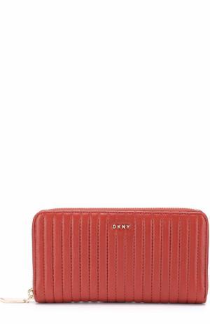 Бумажник из стеганой кожи на молнии DKNY. Цвет: красный