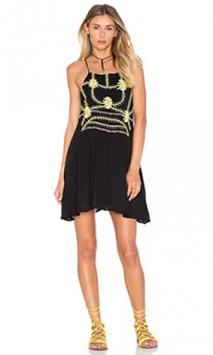 Мини платье sumatra flare PIPER. Цвет: черный