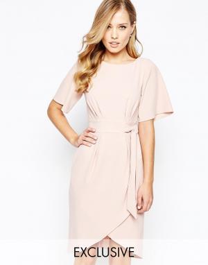 Closet London Платье с рукавами‑кимоно и завязкой спереди. Цвет: розовый