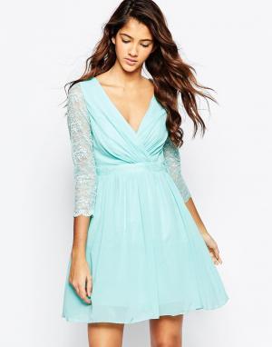Laced In Love Короткое приталенное платье с кружевными рукавами. Цвет: синий