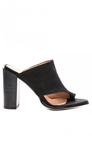 Обувь на каблуке return JAGGAR. Цвет: черный