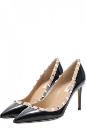 Лаковые туфли Rockstud на шпильке Valentino. Цвет: черный