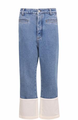Укороченные джинсы с потертостями и контрастной отделкой Loewe. Цвет: голубой