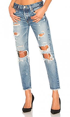 Зауженные джинсы adel Moussy. Цвет: none