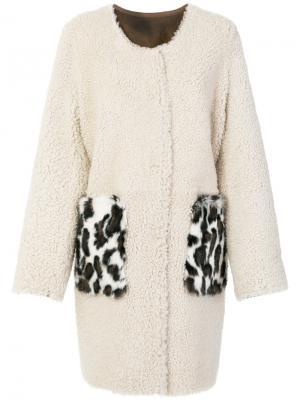 Свободное пальто с контрастными карманами Meteo By Yves Salomon. Цвет: телесный