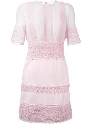 Расклешенное платье с элементами макраме Giambattista Valli. Цвет: розовый и фиолетовый