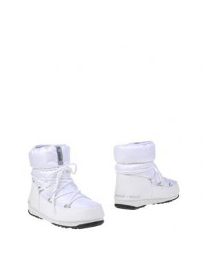 Полусапоги и высокие ботинки MOON BOOT. Цвет: белый
