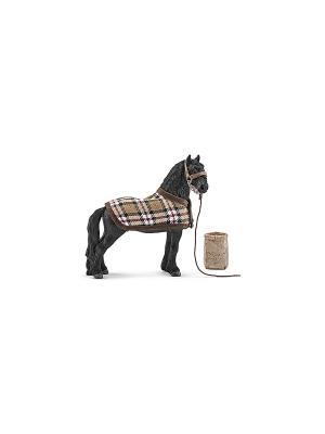 Набор кормление и уход за животными, Фризский SCHLEICH. Цвет: бежевый, коричневый, черный